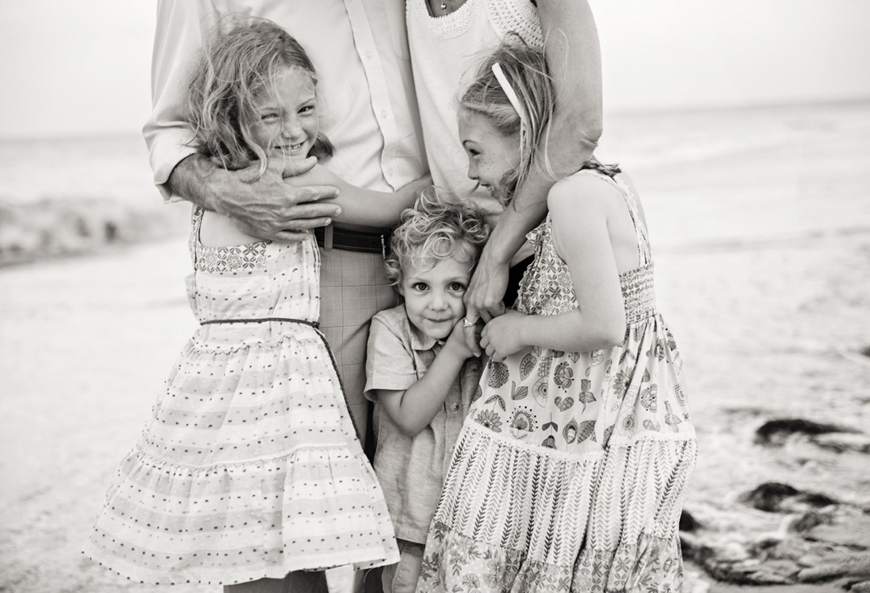 Black and white photo of family in Nags Head NC